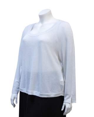 Пуловер бял блясък